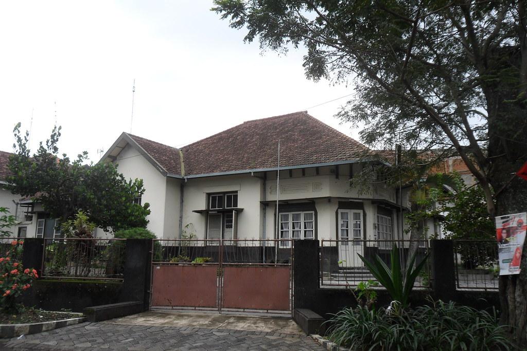 Rumah Hunian Kolonial Belanda Malang Jalan Welirang