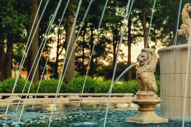 Regent University Fountain   Flickr - Photo Sharing!