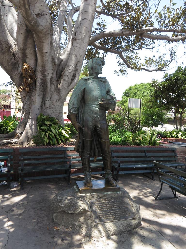 Statue To Governor Felipe De Neve Los Angeles Plaza Los