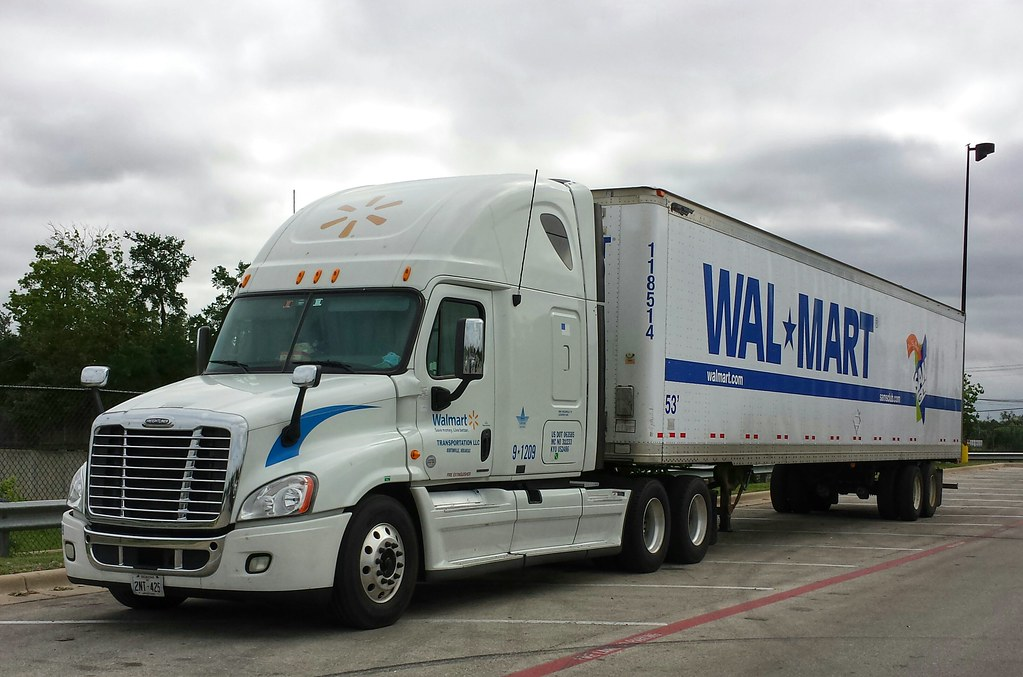 wal mart freightliner cascadia delivery truck centexphoto flickr. Black Bedroom Furniture Sets. Home Design Ideas