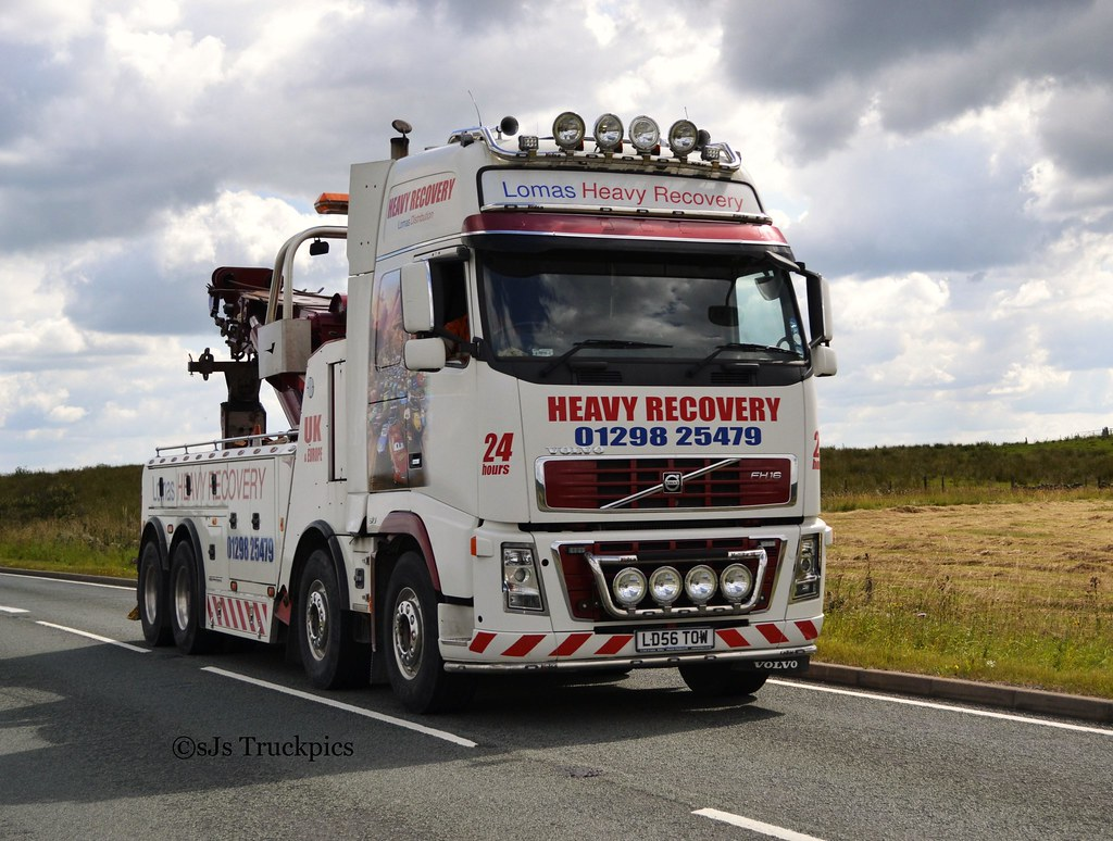 Volvo FH Lomas Heavy Recovery Waterswallows Derbyshire ...
