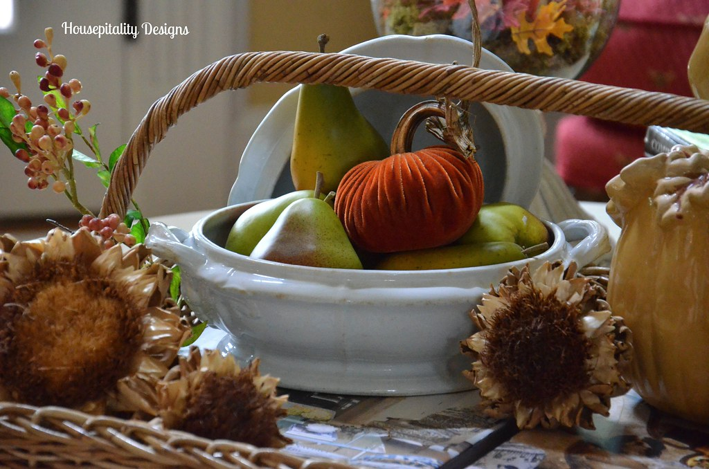 Housepitality Designs: Fall Inspired Ironstone Tureen/Housepitality Designs
