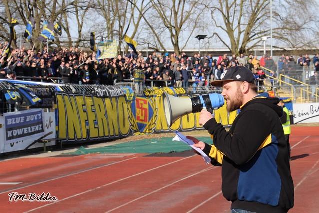 TuS Koblenz - Eintracht Trier    1:0 32961685562_8596dd6e28_z