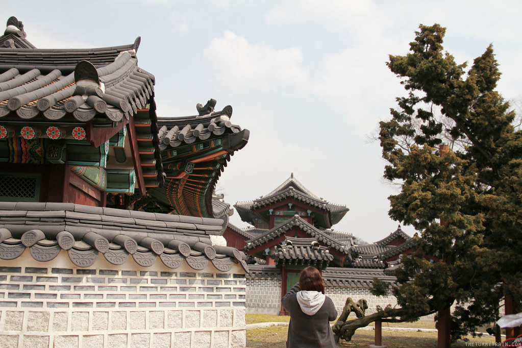 33373518302 1260133cbb b - Seoul-ful Spring 2016: Greeting the first blooms at Changdeokgung Palace