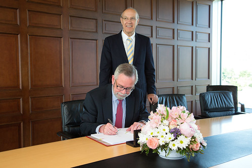 Norway Signs Marrakesh Treaty | by WIPO | OMPI