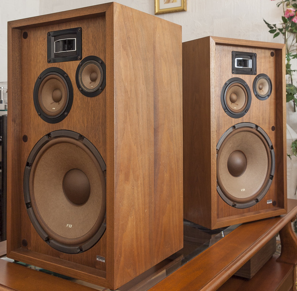 pioneer cs 77a vintage speakers 1971 this is my pioneer. Black Bedroom Furniture Sets. Home Design Ideas
