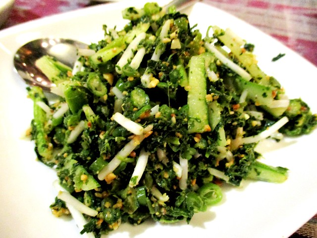 Payung Cafe mixed vegetable salad