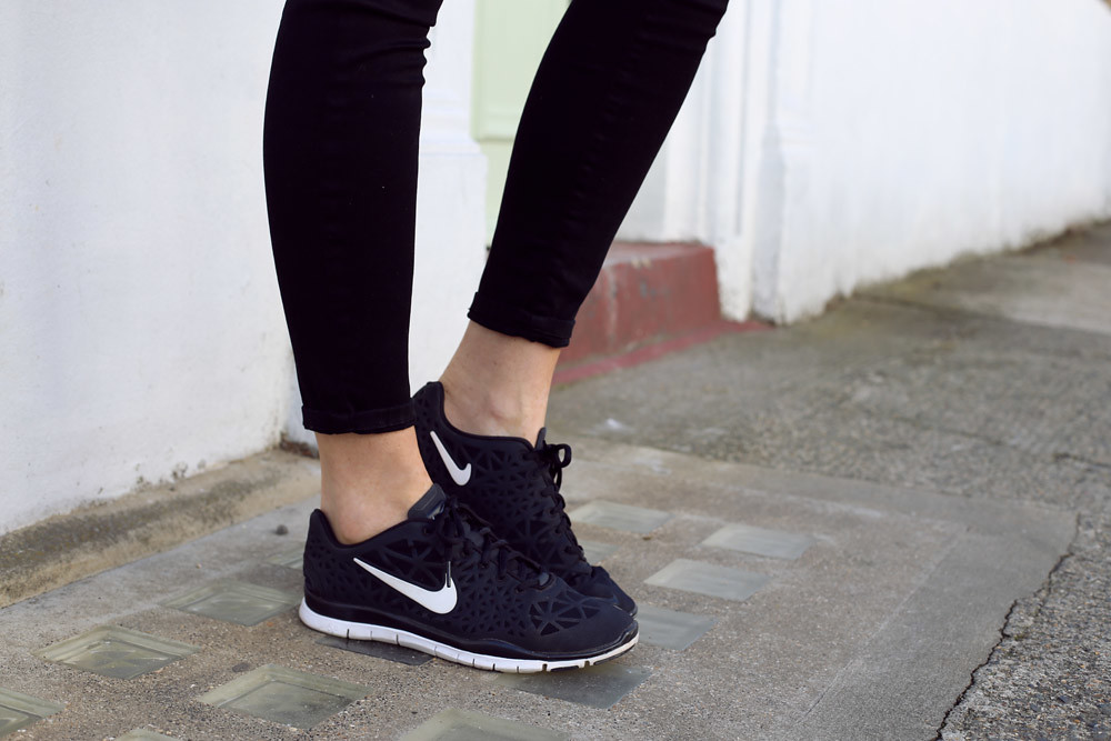 Beautiful Nike Free Shoes Casual Friday Look Jbrand Jeans How To Wear