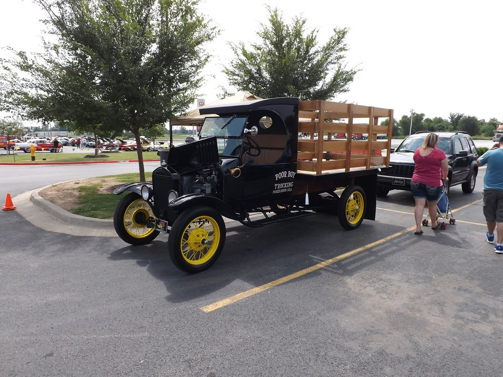 West Siloam Springs Casino Car Show