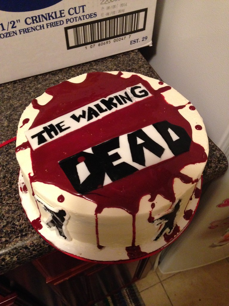 walking dead birthday cake walking dead cake with edible the zombies are 8345