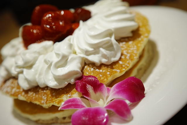 whipped cream on pancakes
