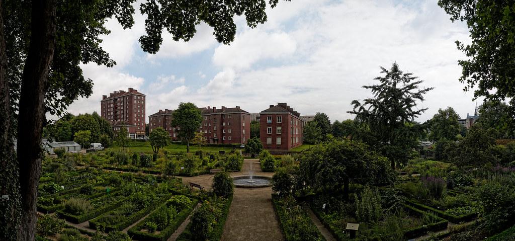 Jardin des plantes d 39 amiens amiens public garden flickr - Jardin des plantes amiens ...