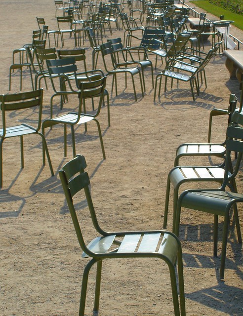 Chaises flickr photo sharing for Chaise jardin du luxembourg