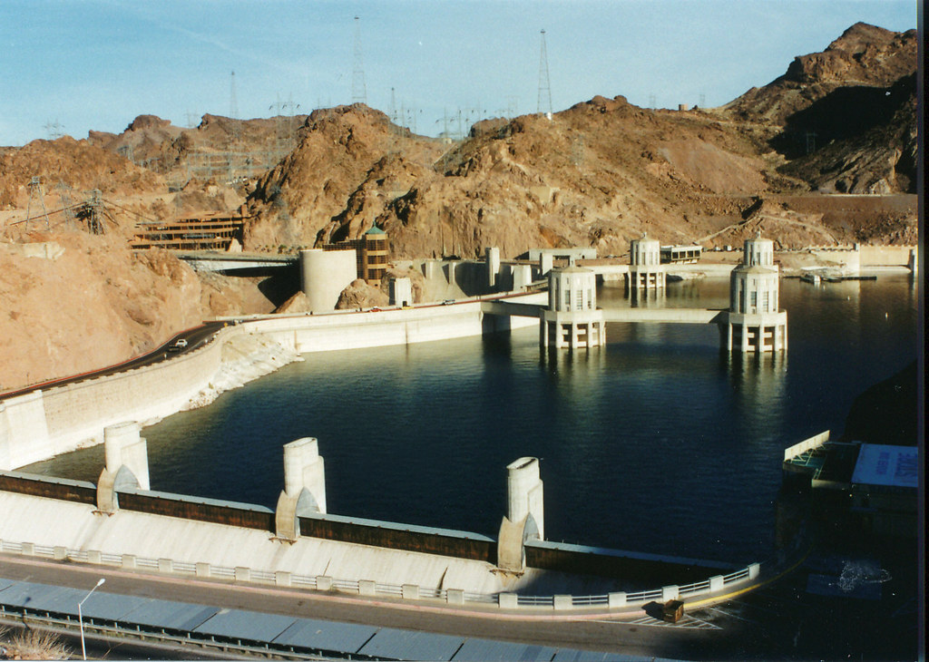 As Colorado River Levels Drop, Pressure Grows On Arizona ... |Hoover Dam Water