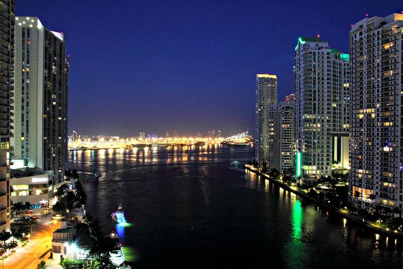 EPIC Hotel, Miami