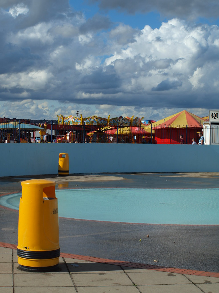 A view across the paddling pool at the strand gillingham - The strand swimming pool gillingham ...