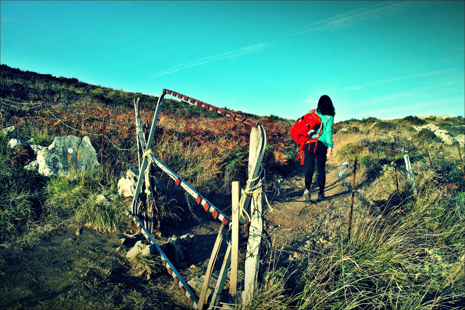 울타리-'카미노 데 산티아고 북쪽길. 리엔도에서 산토냐. (Camino del Norte - Liendo to Santoña) '