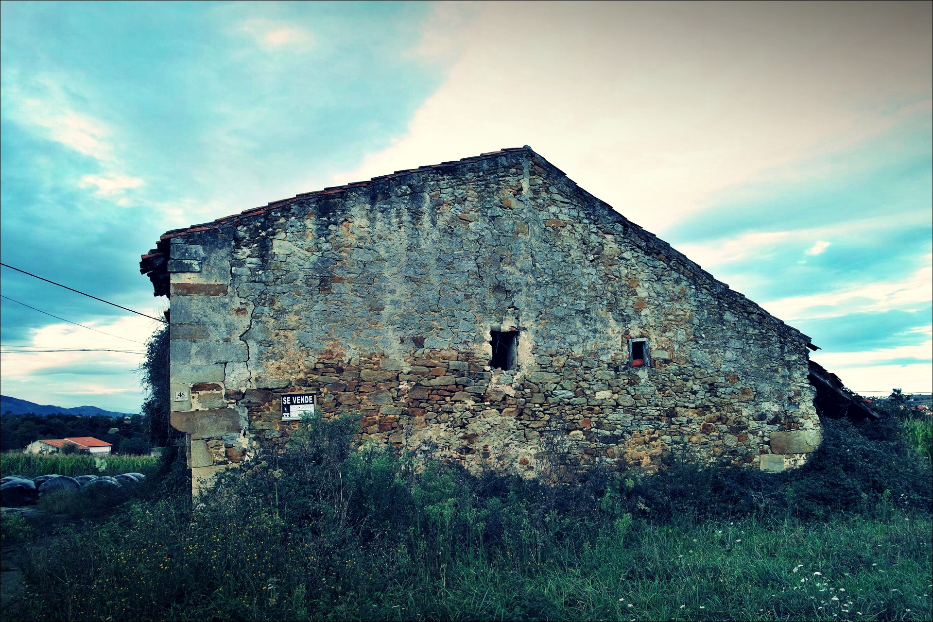 집 팔아요-'카미노 데 산티아고 북쪽길. 궤메스에서 산탄데르. (Camino del Norte - Güemes to Santander)'
