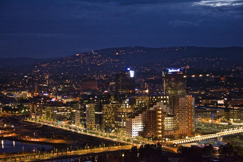 Utsikt over Oslo sentrum fra Edvard Munchs inspirasjon pla…   Flickr