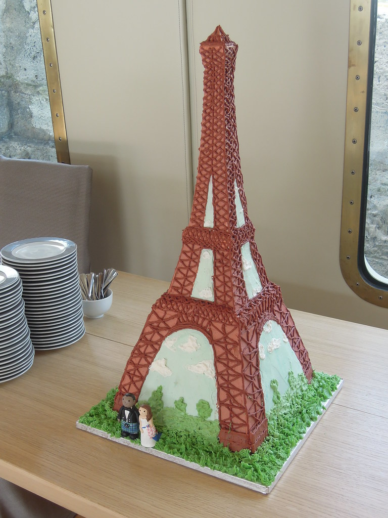 Paris Wedding Cake Places