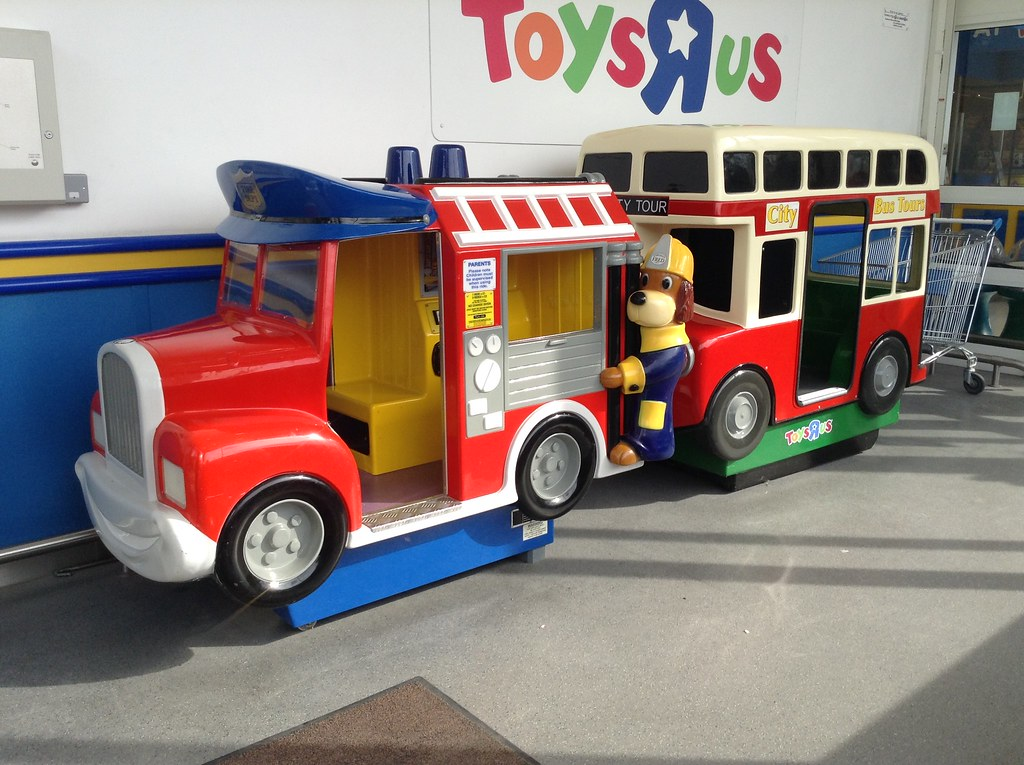 Toys R Us Ride : Fred s fire engine city tour bus video ride at warringto