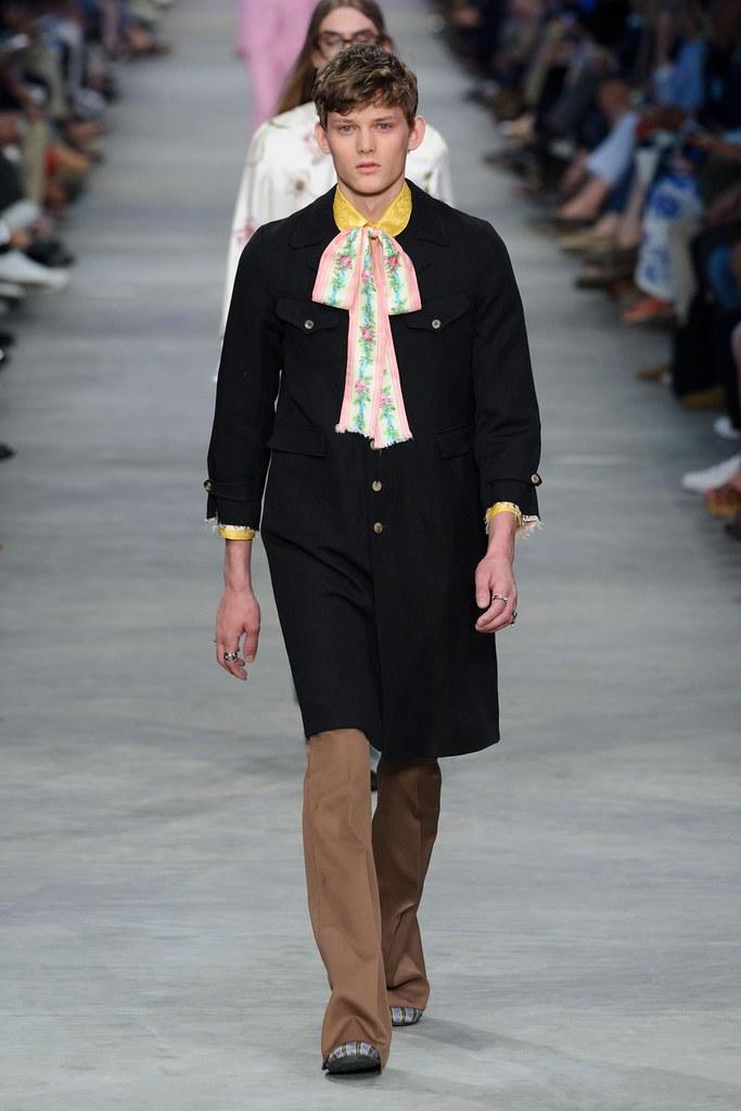 SS16 Milan Gucci041_Christopher Paskowski(fashionising.com)
