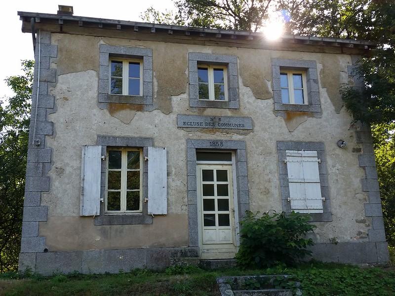 9/23/16 170035 Ecluse des Communes house