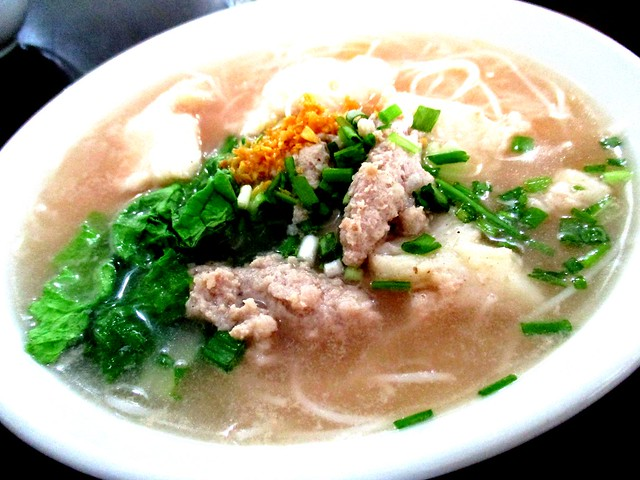 A One bihun soup 1