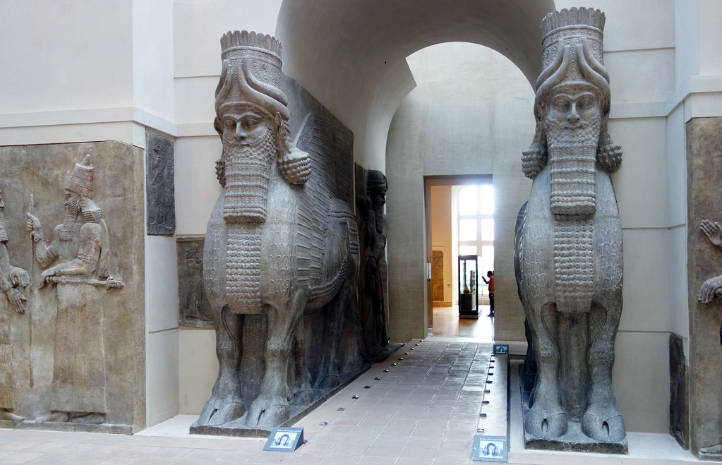 an analysis of the mesopotamian piece of art the winged human headed bull Human-headed winged bull  it appears frequently in mesopotamian art the lamassu and shedu were household protective spirits companion pieces in metropolitan.