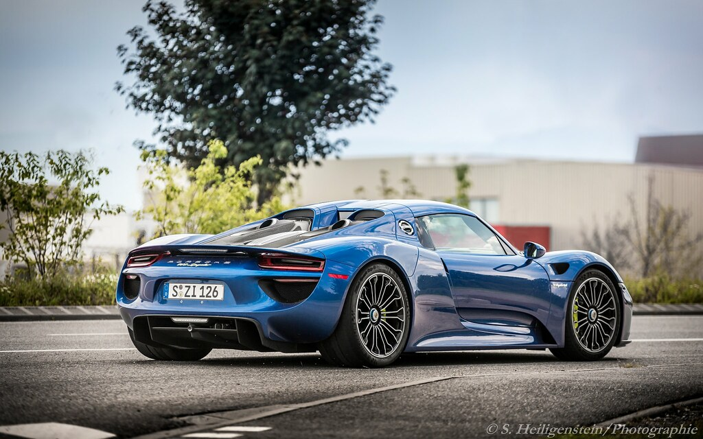 porsche 918 spyder exhaust blue flame hi guys does. Black Bedroom Furniture Sets. Home Design Ideas