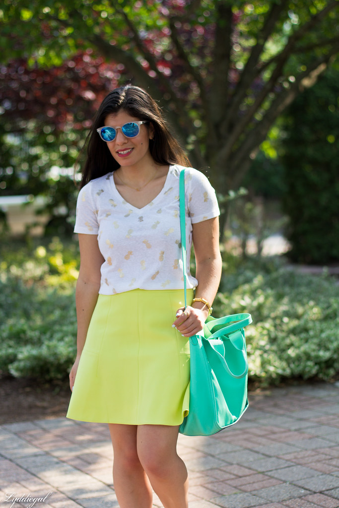pinapple print tee, neon skirt, leather tote, quay sunglasses-6.jpg