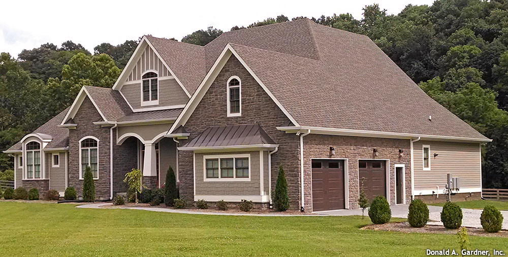 House Plans With Photos: Plan #1290-The Chesnee - Customer Submitted Photos