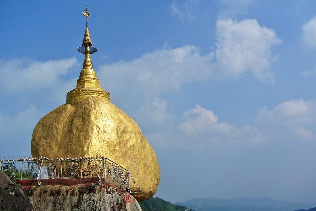 Kyaiktiyo Pagoda (Golden Rock). Kyaiktiyo, Myanmar. 4