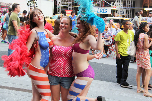 Women In Times Square In Nyc Wearing Only Body Paint -4264