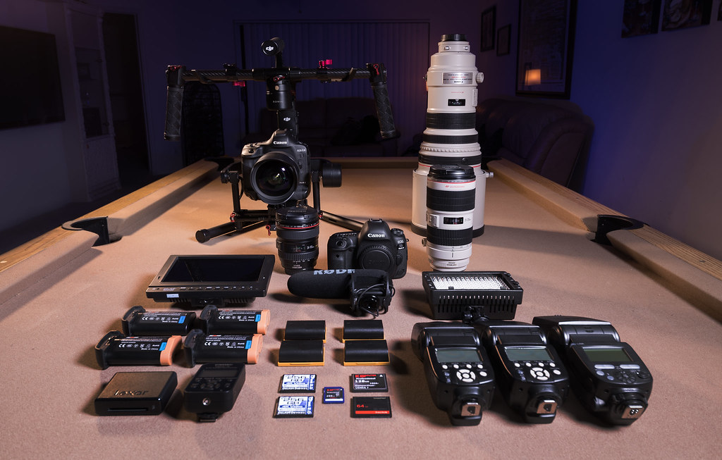 Gear Porn  Canon Eos 1Dx Mark Ii Canon Eos 5D Mark Iv -3068