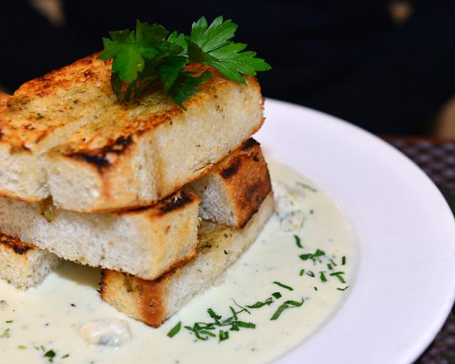 Deliciosa fondue de queso para compartir