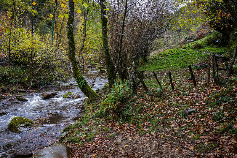Alambrada junto al Iñarbegi