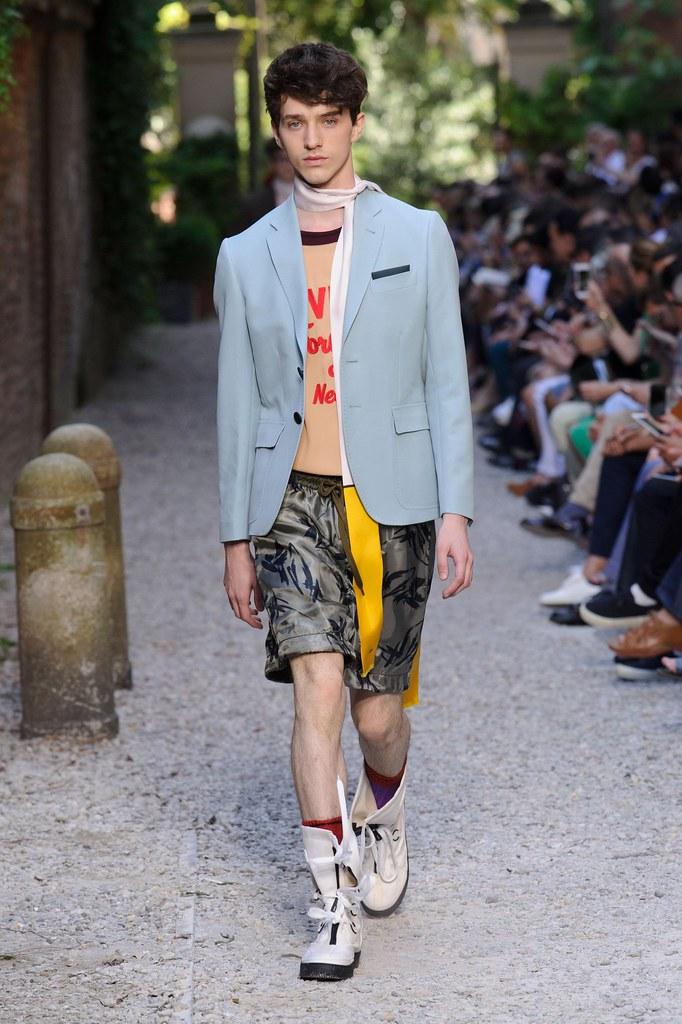 SS16 Milan Andrea Pompilio018_(fashionising.com)
