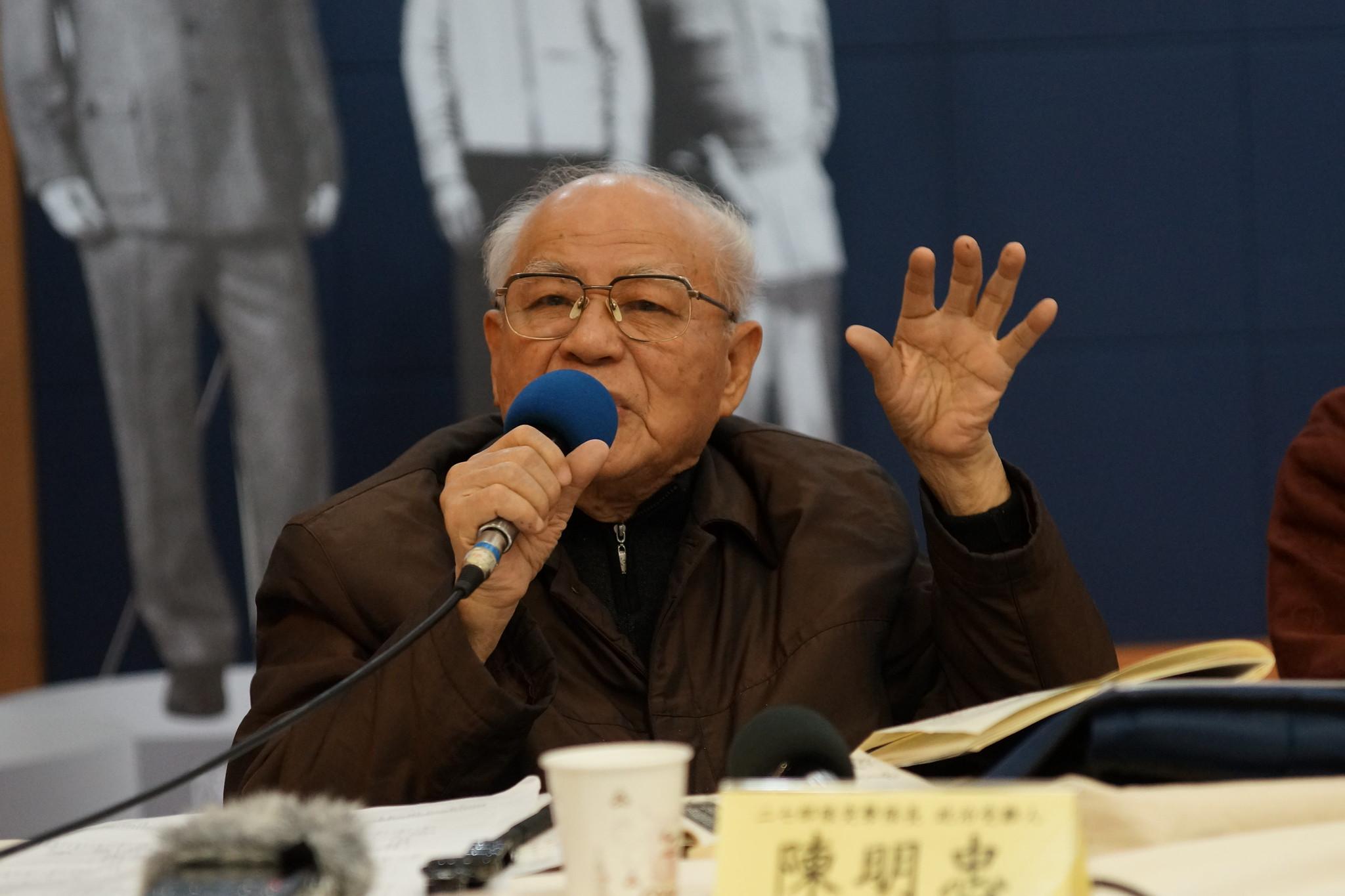 參與「二七部隊」突擊隊陳明忠表示二二八是「兵逼民反」。(攝影:王顥中)
