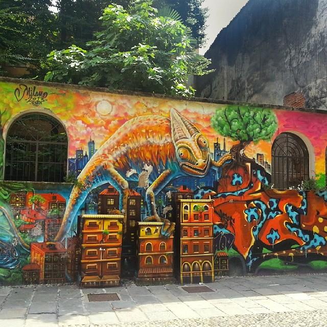 Graffiti milan milano murales scrittesuimuri writers for Ristorante murales milano