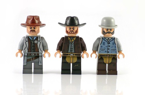 LEGO The Lone Ranger 79109 Colby City Showdown figures02