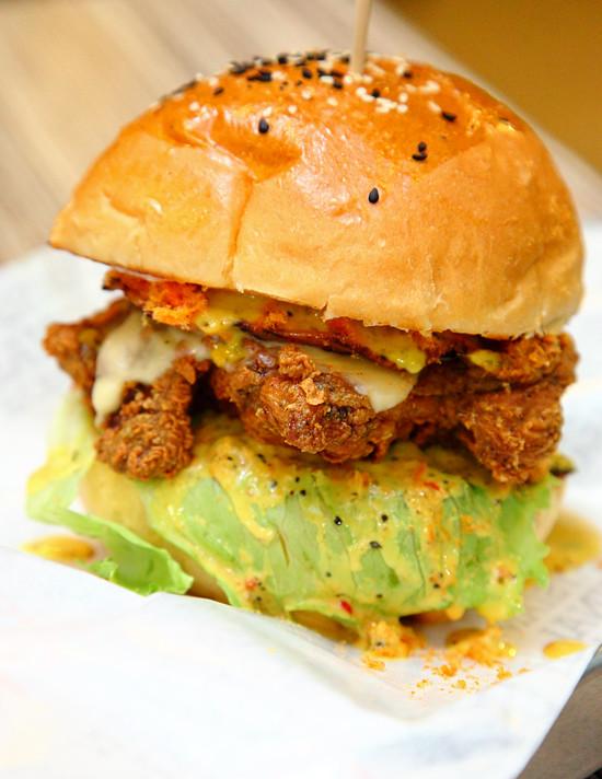 Burger-Permaisuri-Ayam