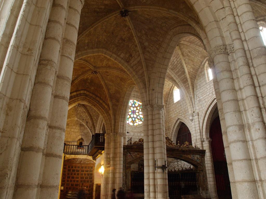 Covarrubias (Burgos). Colegiata de San Cosme y San Damián  Flickr