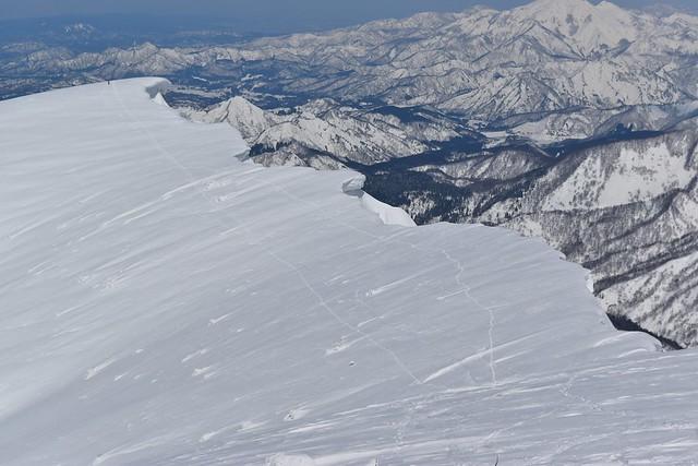 守門岳 中津俣の雪庇