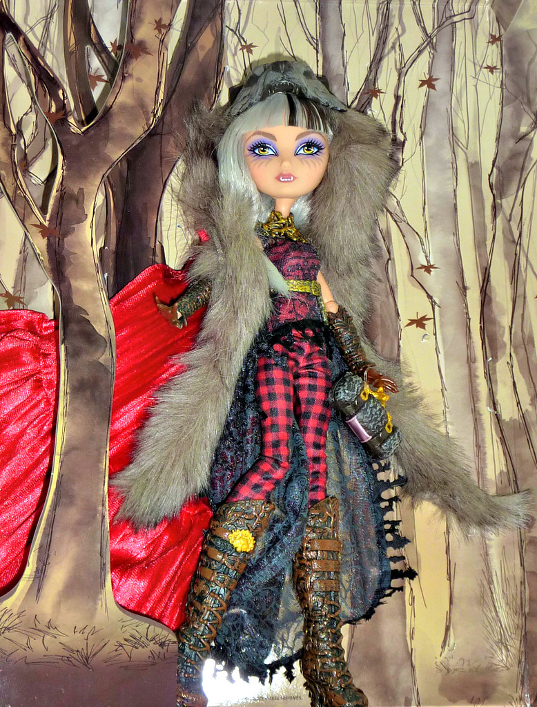 Cerise Wolf SDCC | WoW! is about all I can say about this ...