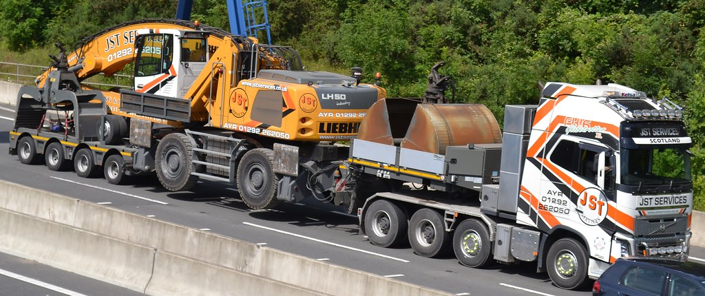 Jst Services Volvo Fh16 750 Seen Carrying A Liebherr