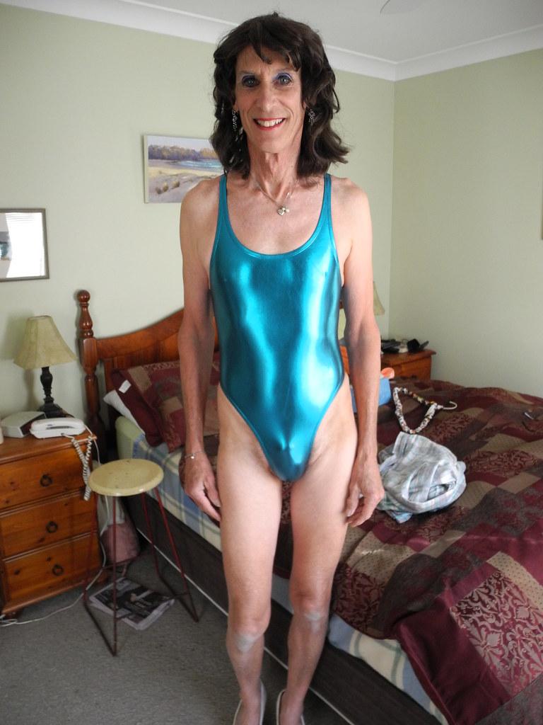 Michelle Nude Pics