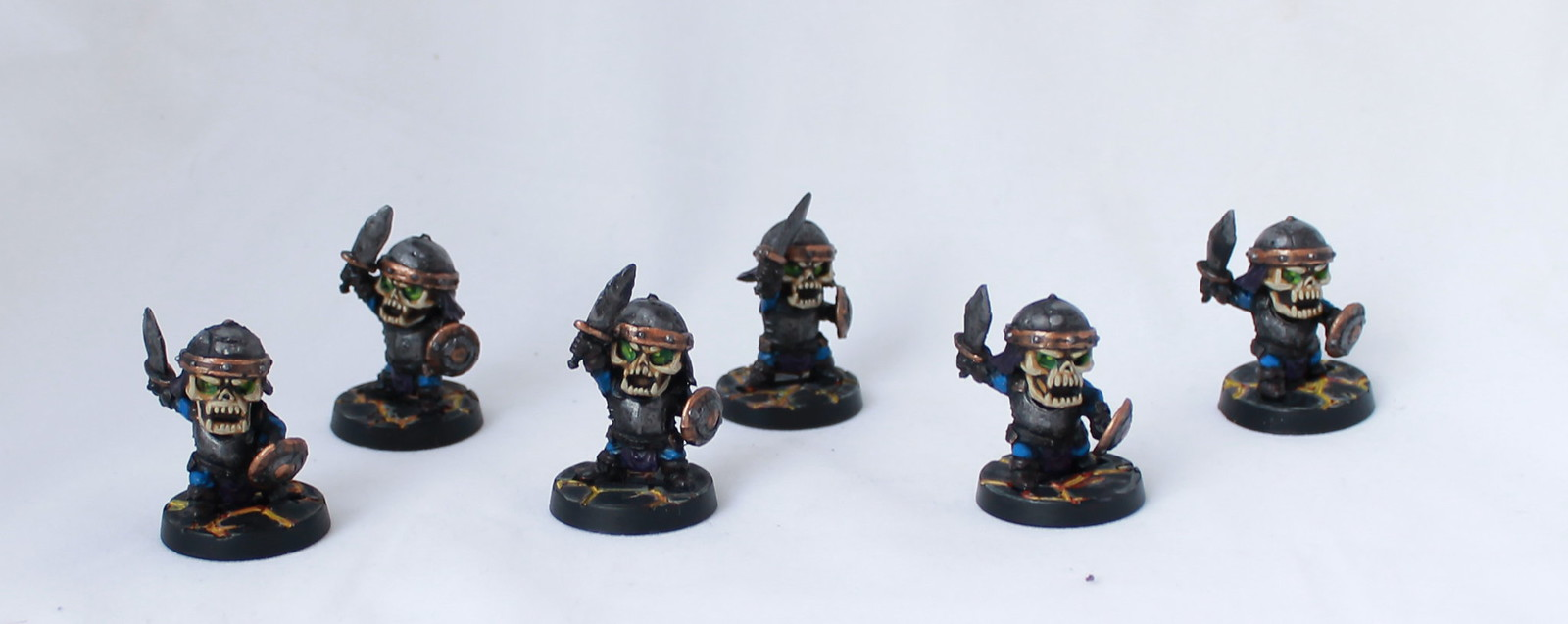 Super Dungeon Explore Shallow Grave Bone Heads Skeletons Painted Chibi
