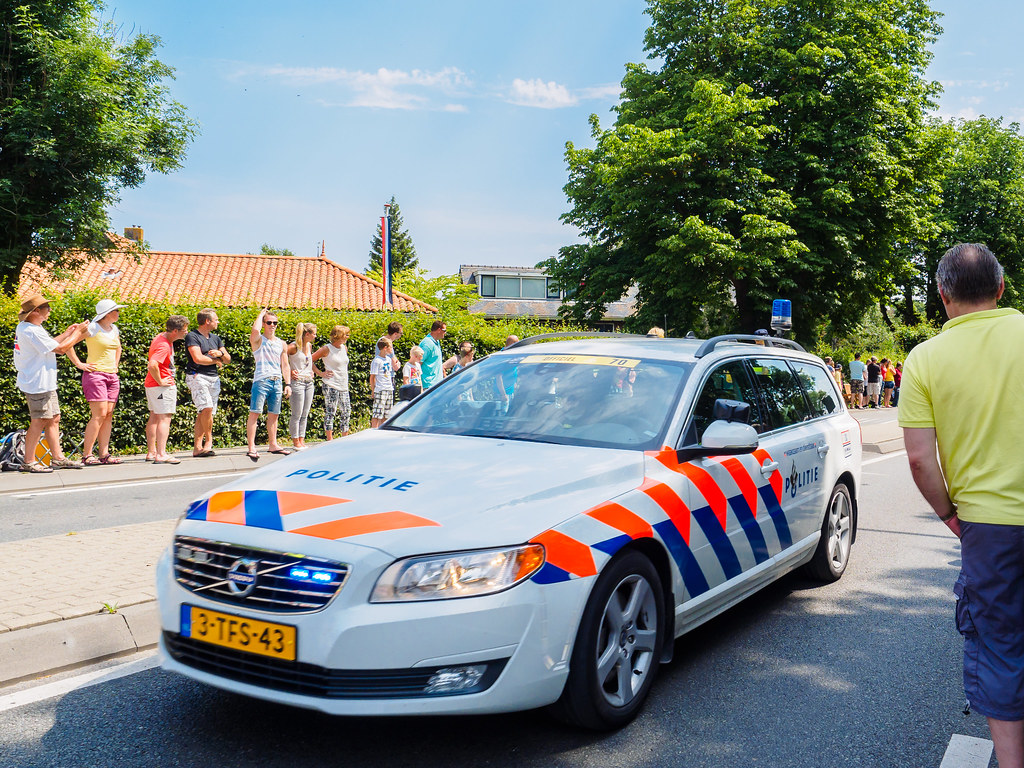 Tour de france 2015 dutch police car haastrecht zuid for Police tours