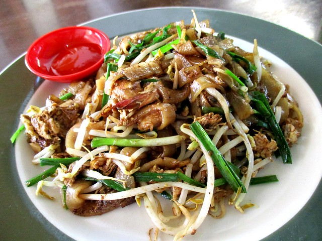 Colourful Cafe char kway teow